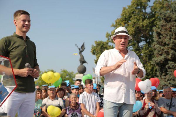 Анатолий Гнатюк фото 2