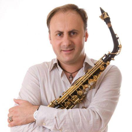 Саксофонист Игорь Рудый фото